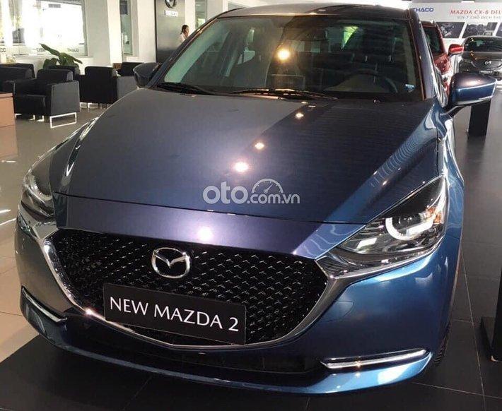 Cần bán Mazda 2 năm 2021, màu xanh lam0