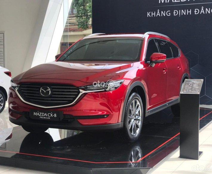 Cần bán xe Mazda CX-8 năm sản xuất 2021, màu đỏ0