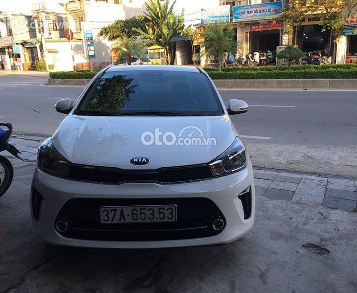 Bán ô tô Kia Soluto 2020, màu trắng chính chủ, 379tr0