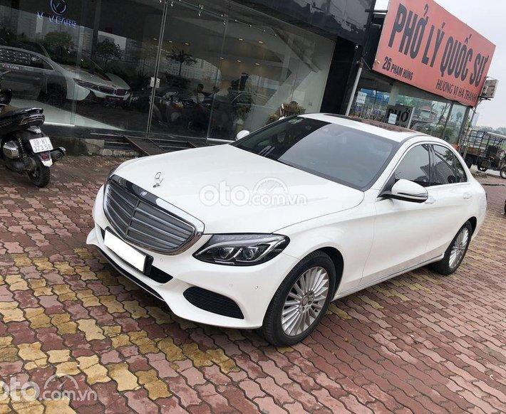 Bán ô tô Mercedes C250 2016, màu trắng còn mới0