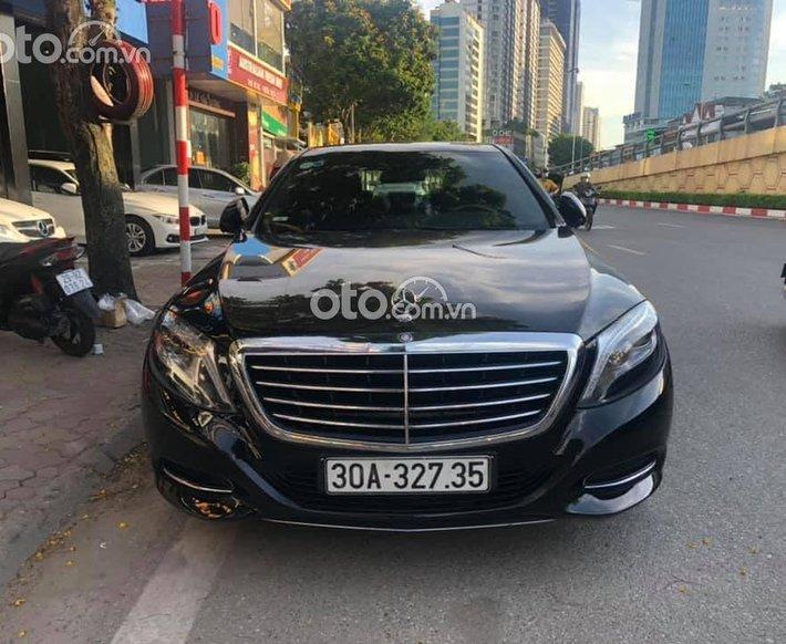 Cần bán xe Mercedes S400 đời 2015, màu đen, đi 64360km0