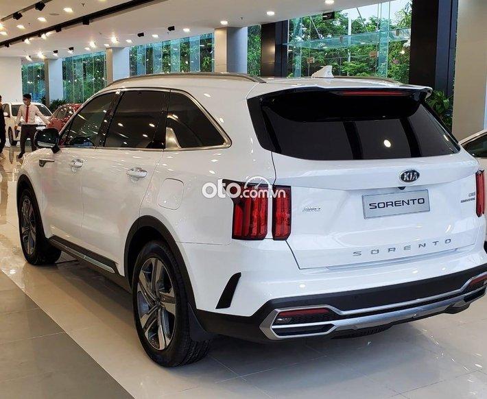 Bán Kia Sorento Signature AWD sản xuất năm 2021, màu trắng0