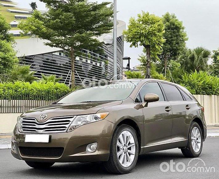 Cần bán lại xe Toyota Venza 2009, màu nâu 575 triệu0