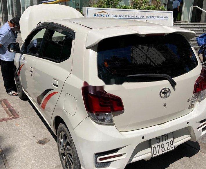 Cần bán gấp Toyota Wigo 2019, màu trắng, nhập khẩu nguyên chiếc số sàn0