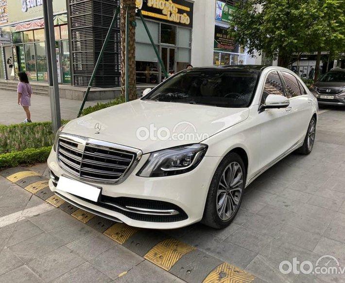 Cần bán lại xe Mercedes S450 Luxury năm 2017, màu trắng số tự động0