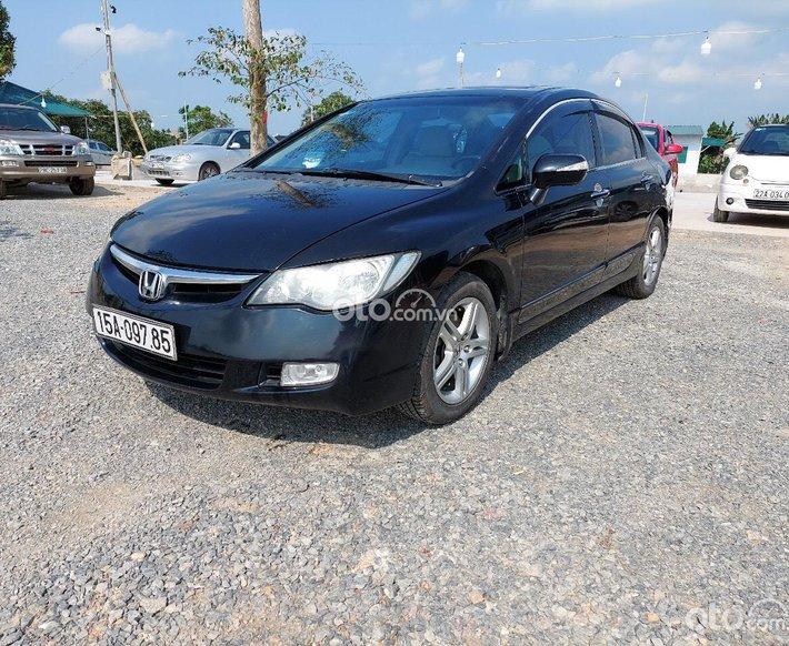 Bán nhanh Honda Civic năm 2008, 290 triệu, xe đi êm, nguyên bản, bảo hành thường xuyên ở hãng0