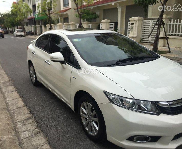 Cần bán gấp Honda Civic năm 2012, màu trắng0