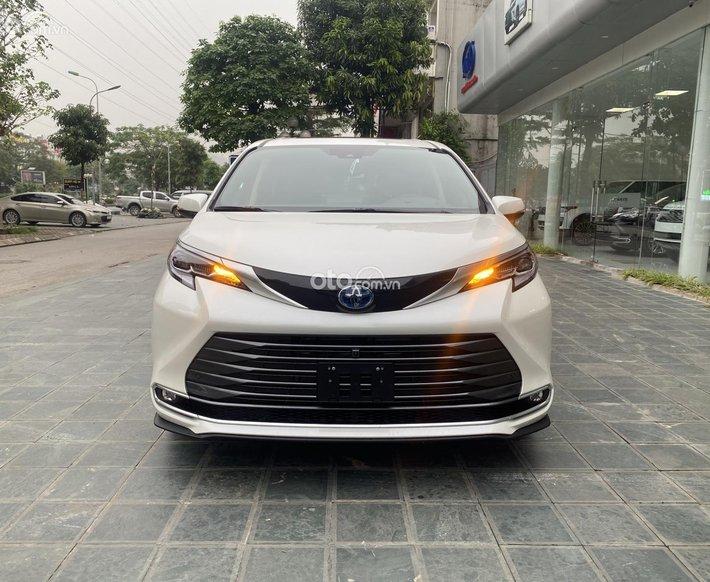 Cần bán xe Toyota Sienna Platinum 2021 nhập Mỹ0