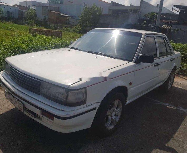 Bán ô tô Nissan Bluebird năm 1985, màu trắng, nhập khẩu nguyên chiếc0