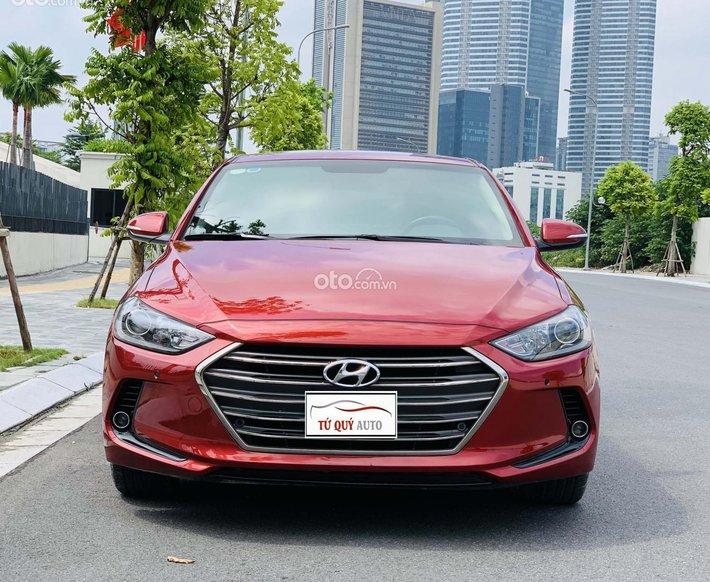 Bán Hyundai Elantra 2.0AT 2018 - đỏ0