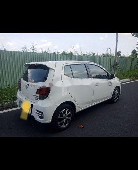 Cần bán Toyota Wigo sản xuất 2018, màu trắng 0
