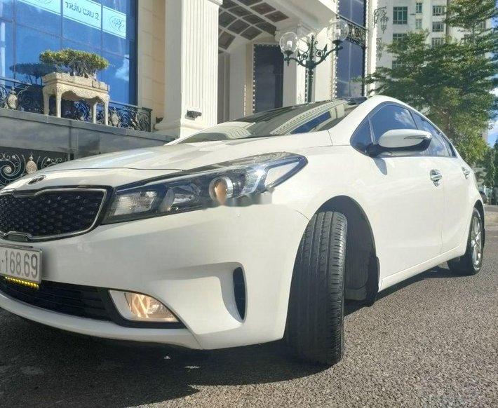 Bán xe Kia Cerato sản xuất 2017 còn mới, giá chỉ 385 triệu0