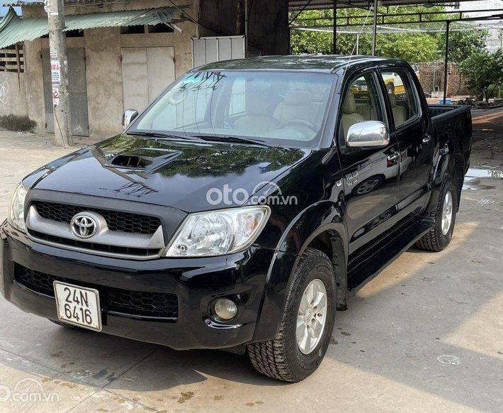 Bán Toyota Hilux năm sản xuất 2009, màu đen, xe nhập0