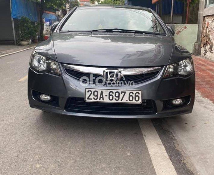 Bán Honda Civic AT đời 2010, màu ghi xám số tự động0