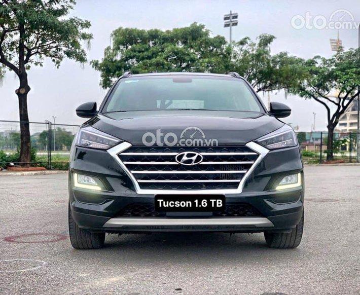 Bán ô tô Hyundai Tucson 1.6 Turbo 2019 form 2020, màu đen0