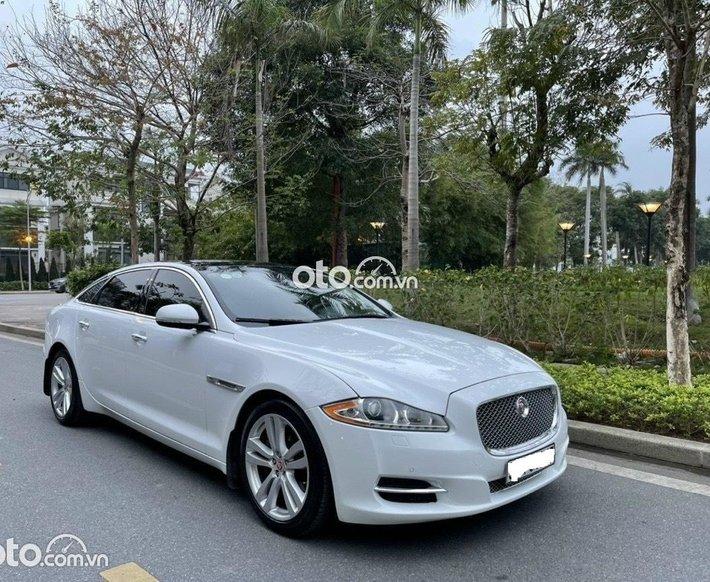 Cần bán gấp Jaguar XJL sản xuất 2013, biển Hà Nội0