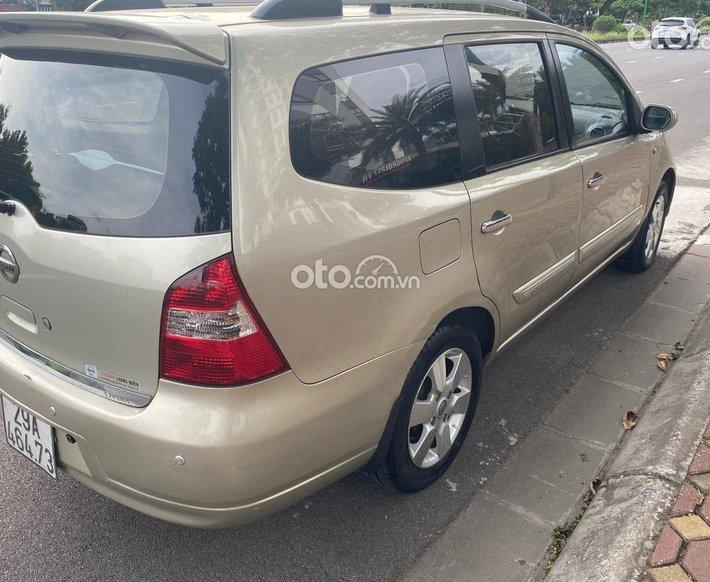 Bán xe Nissan Livina sản xuất năm 2010, xe nhập, giá chỉ 330 triệu0