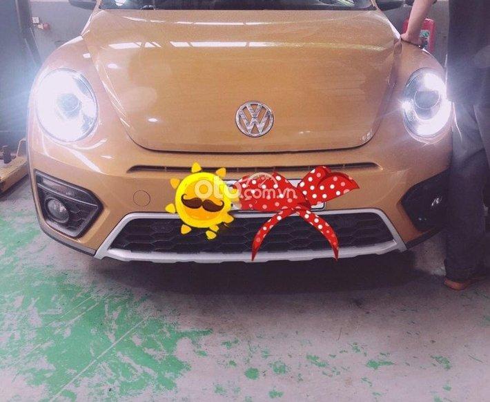 Bán Volkswagen Beetle đời 2017, màu vàng, nhập khẩu nguyên chiếc còn mới0