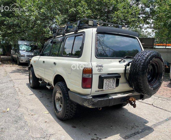 Xe Toyota Land Cruiser 1995, màu trắng, nhập khẩu0