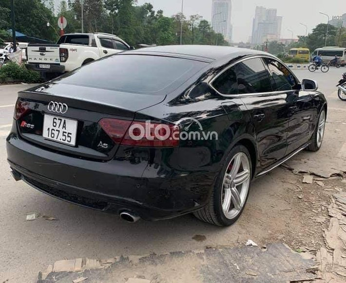 Bán nhanh chiếc Audi A5 bản Full 2010, xe còn mới giá ưu đãi0