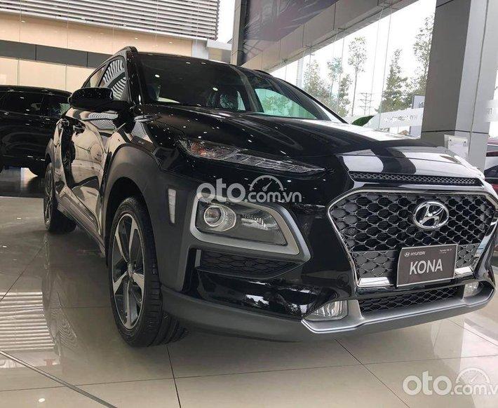 Bán xe Hyundai Kona năm sản xuất 2021, màu đen, 626 triệu0