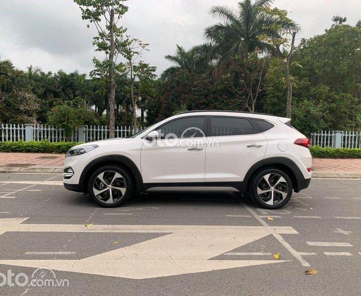 Cần bán xe Hyundai Tucson 2018 Turbo, giá ưu đãi0