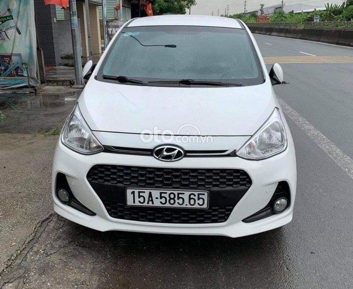 Bán Hyundai Grand i10 sản xuất năm 2018, màu trắng còn mới, giá chỉ 339 triệu0