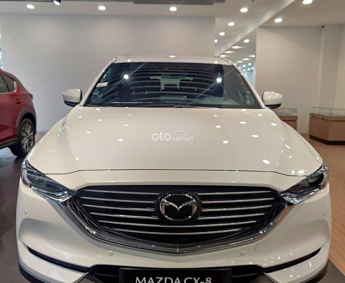 Cần bán xe Mazda CX-8 đời 2021, màu trắng giá cạnh tranh0
