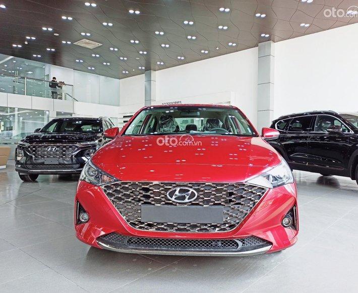 Bán Hyundai Accent 1.4 MT năm sản xuất 2021, màu đỏ, 472.1 triệu0