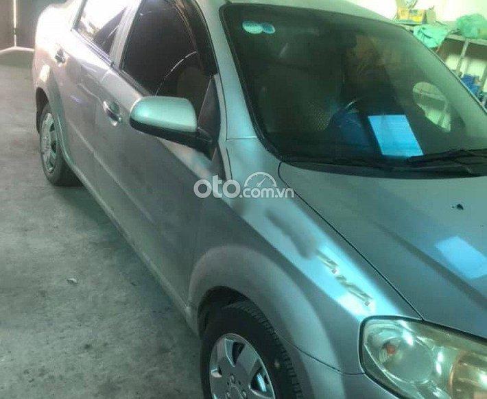 Cần bán lại xe Daewoo Gentra SX 1.5 MT đời 2009, màu bạc, giá chỉ 120 triệu0