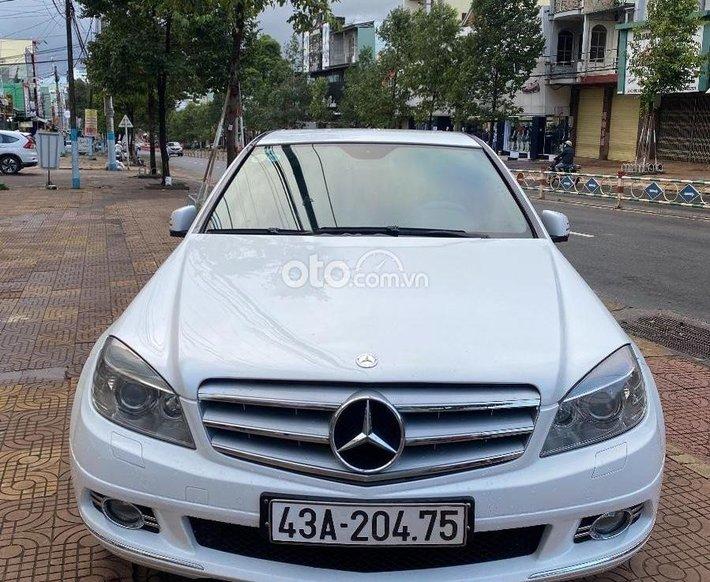 Bán xe Mercedes C200 năm 2010, màu trắng còn mới, giá 395tr0