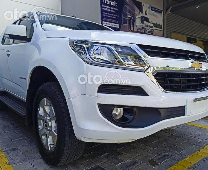 Bán xe Chevrolet Trailblazer năm 2019, màu trắng, xe nhập còn mới0