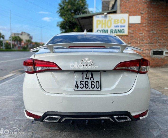 Cần bán xe Toyota Vios E 1.5 CVT sản xuất năm 2020, màu trắng còn mới0