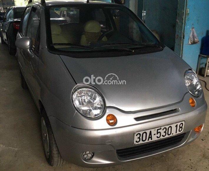Bán Daewoo Matiz SE 0.8 MT năm sản xuất 2004, màu bạc, 50tr0