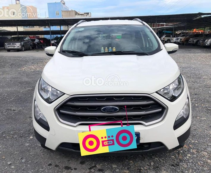 Cần bán gấp Ford EcoSport đời 2019, màu trắng số tự động0