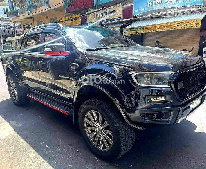 Bán Ford Ranger đời 2017, màu đen như mới0
