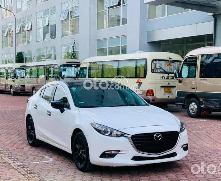 Mazda 3 1.5AT SX 2018 FL, màu trắng0