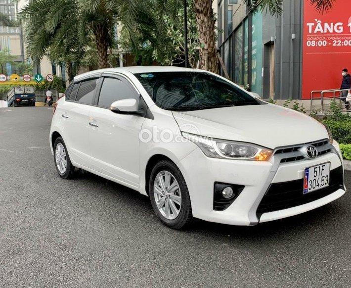 Cần bán xe Toyota Yaris 1.3G đời 2015, màu trắng, nhập khẩu nguyên chiếc, 470 triệu0