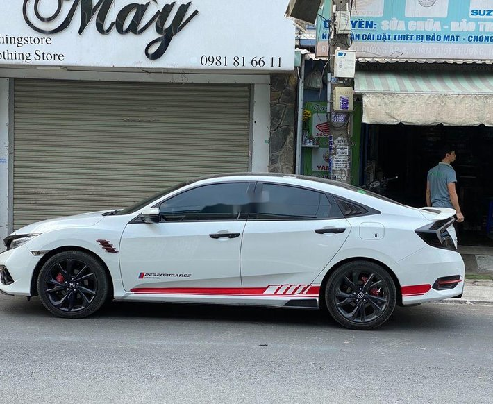 Cần bán xe Honda Civic đời 2020, màu trắng, nhập khẩu nguyên chiếc0