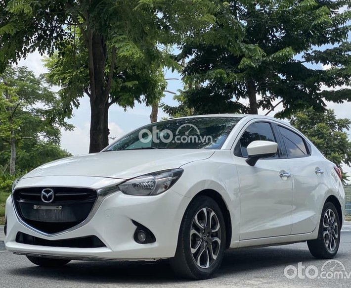 Bán Mazda 2 đời 2016, màu trắng, giá ưu đãi0