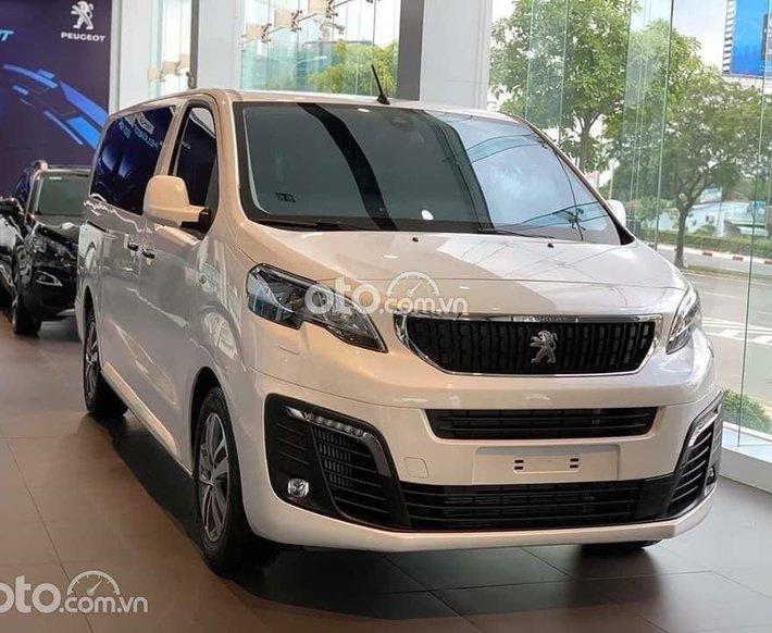 [Peugeot Vũng Tàu ] Peugeot Traveller Luxury - Ưu đãi cực khủng tháng 9 - Tặng bảo hiểm thân xe0