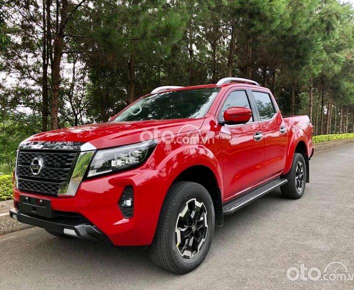 Bán ô tô Nissan Navara đời 2021, màu đỏ, xe nhập0