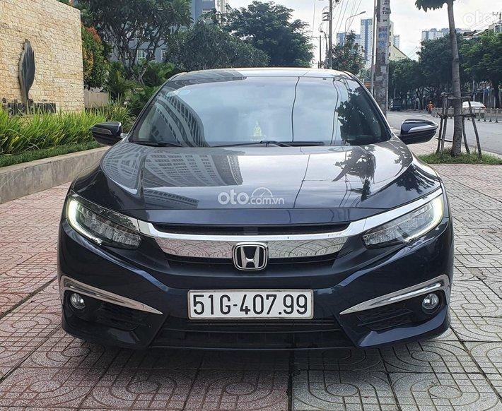Cần bán xe Honda Civic 2017 Turbo nhập Thái Lan - ZIN - Mới 98%0