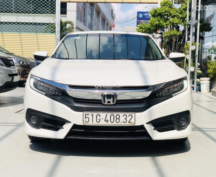 Cần bán Honda Civic đăng ký 2017 mới 95%, giá 700tr0