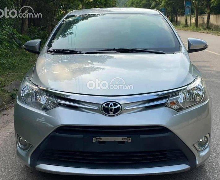 Bán Toyota Vios E 1.5AT đời 2017, màu bạc0