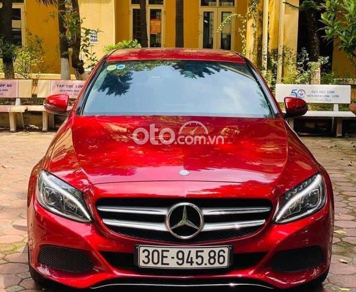 Bán xe Mercedes C200 sản xuất 2016, màu đỏ0