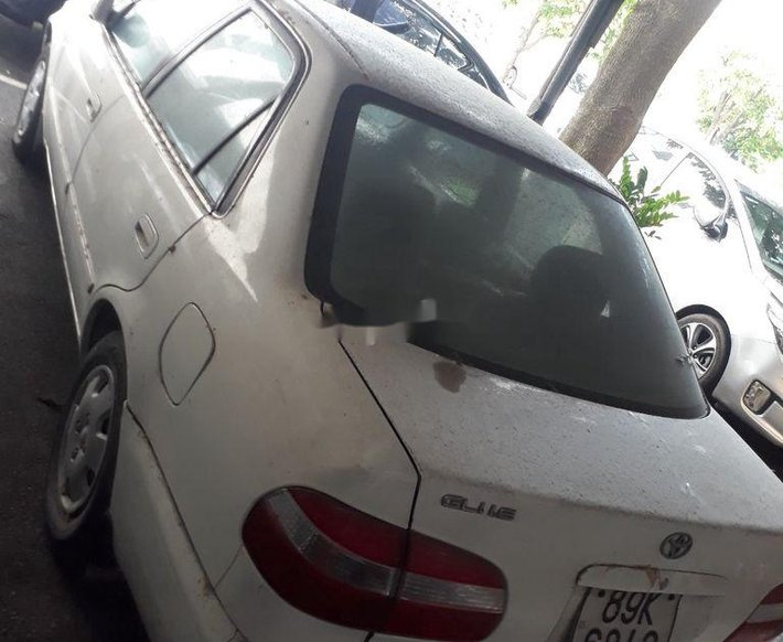 Cần bán Toyota Corolla 1997, màu trắng, xe nhập chính chủ, 110tr0
