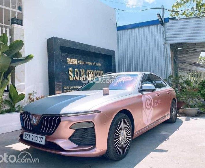 Bán xe VinFast LUX A2.0 năm sản xuất 2021, màu hồng0