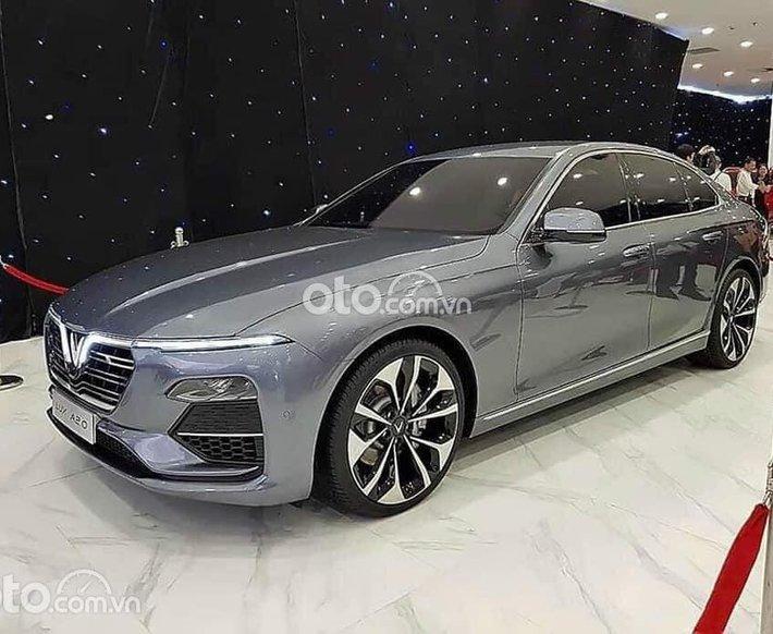 Cần bán xe VinFast LUX A2.0 Premium đời 2021, màu xám0