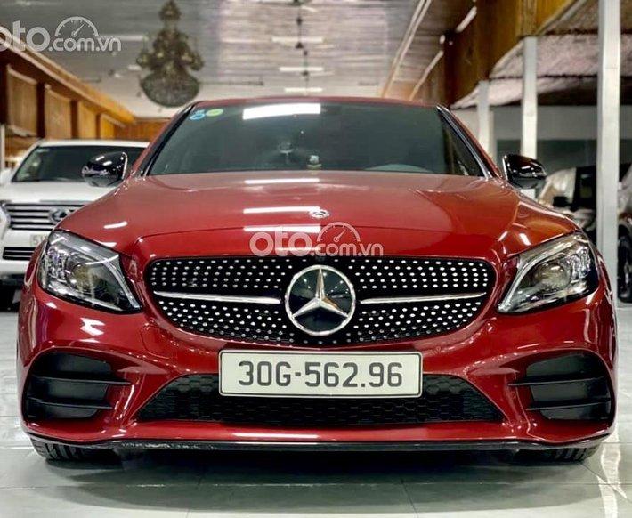 Mercedes C300 sx 2019 odo 20.000 km0